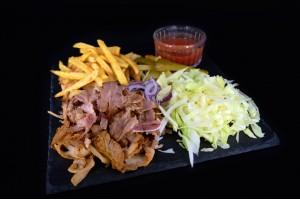 Kebab cu carne de  pui si vita, servit la farfurie,   500gr
