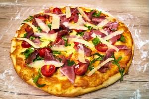 Pizza cu rucola
